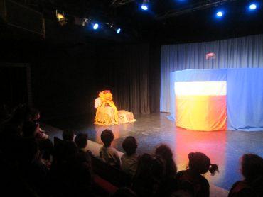 MOR KUŞUN DÖNÜŞÜ adlı tiyatro oyununu seyrettik :)