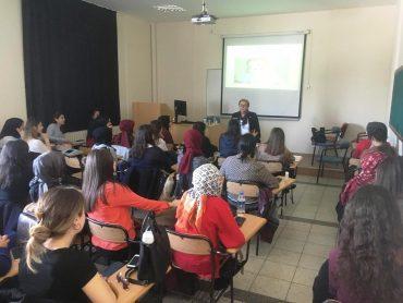 Nebahat Öğretmenimiz Hacettepe Üniversitesi Temel Eğitim Bölümünde